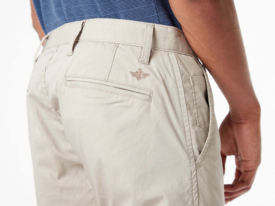 Pantalones De Hombre Dockers Alpha Khaki Skinny Pitillo 54903 0000 Color Beige Claro